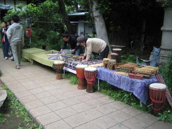 楽器屋-s.JPG